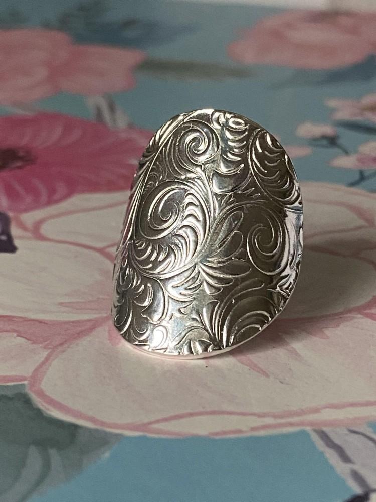 Family Saddle Ring