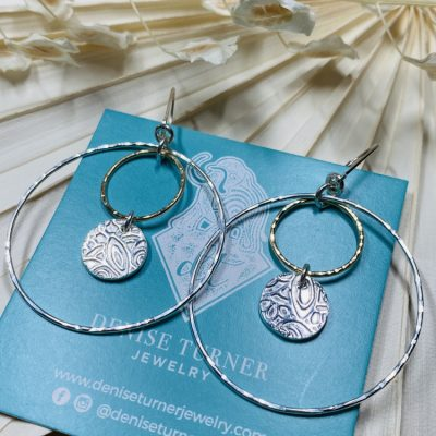 Double 2 tone hoop with coin