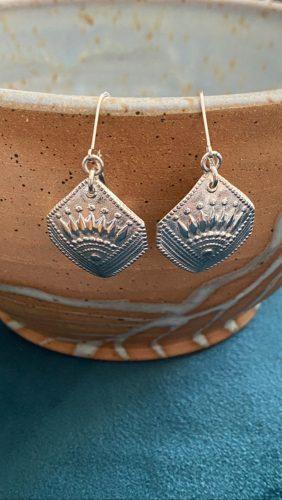 Curvy Deco Earrings